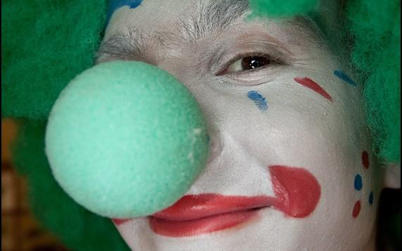 Kto widział clowna nago?
