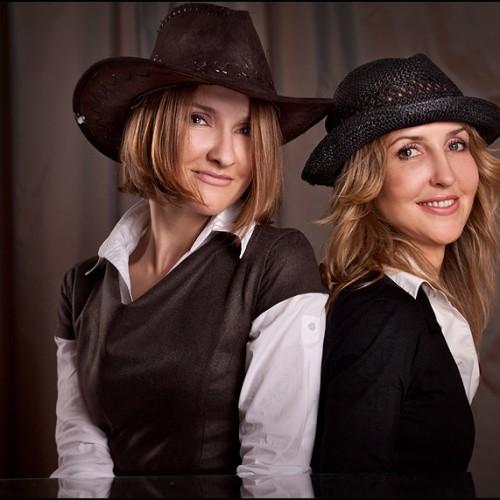 Sylwia i Renata- domowa sesja portretowa